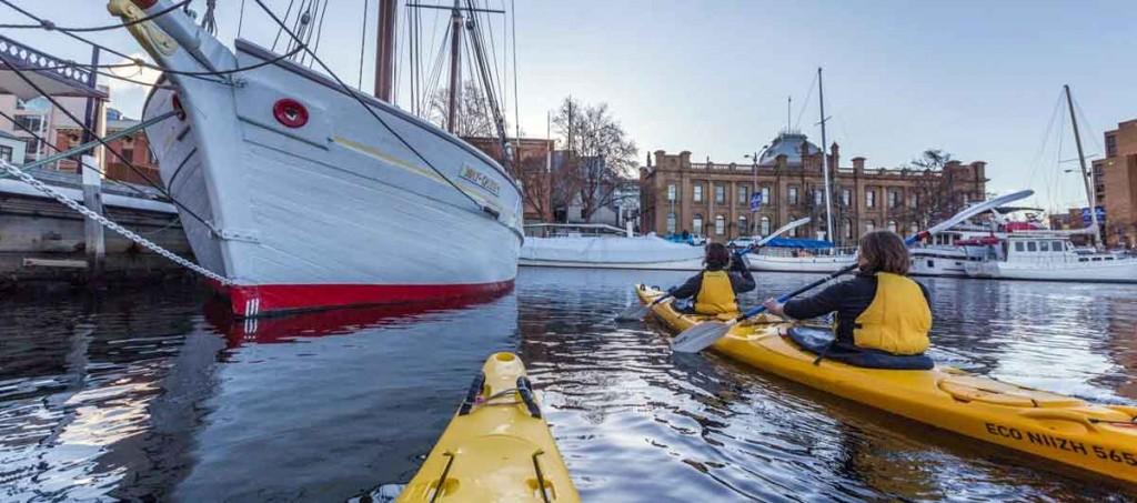 constitution dock, kayaking, roaring 40's kayaking, tasmania