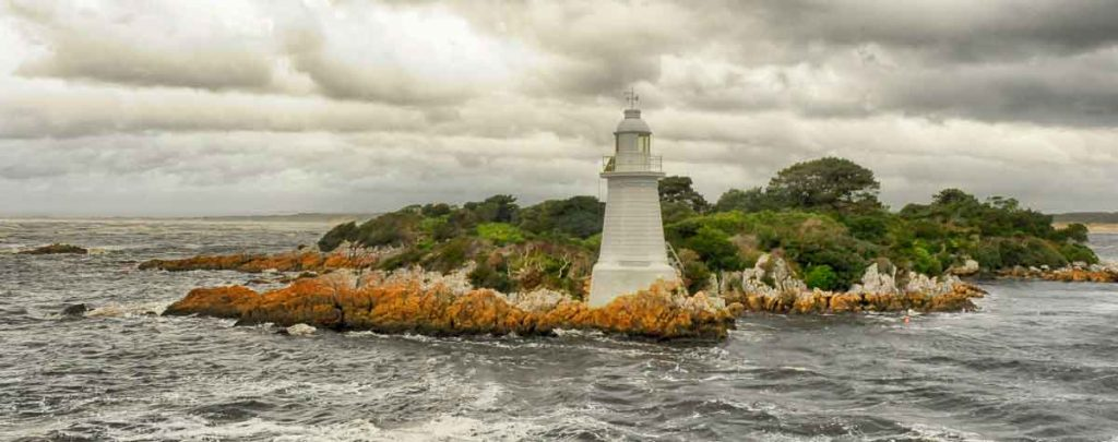 macquarie harbour, gordon river, tasmania. sarah island, hells gates, vandiemans land